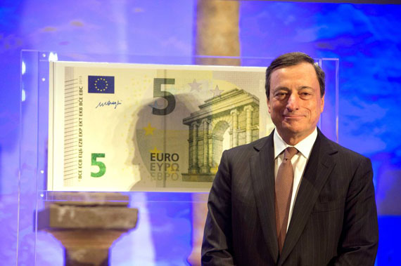 Mario Draghi unveils the new Euro