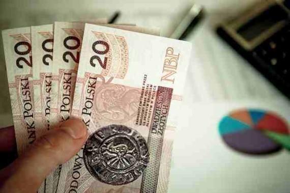money-256306_640